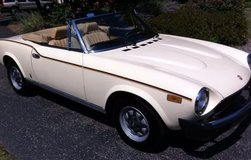 1980 Fiat Spider 2000 Pininfarina Convertible in Joliet, Illinois
