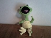 Battery operated bobblehead frog in Yucca Valley, California